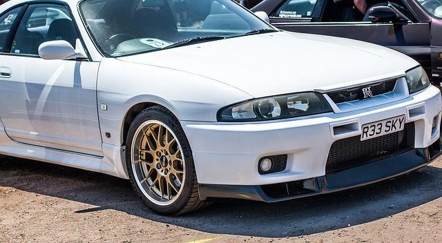 日産・スカイライン GT-R(R33)